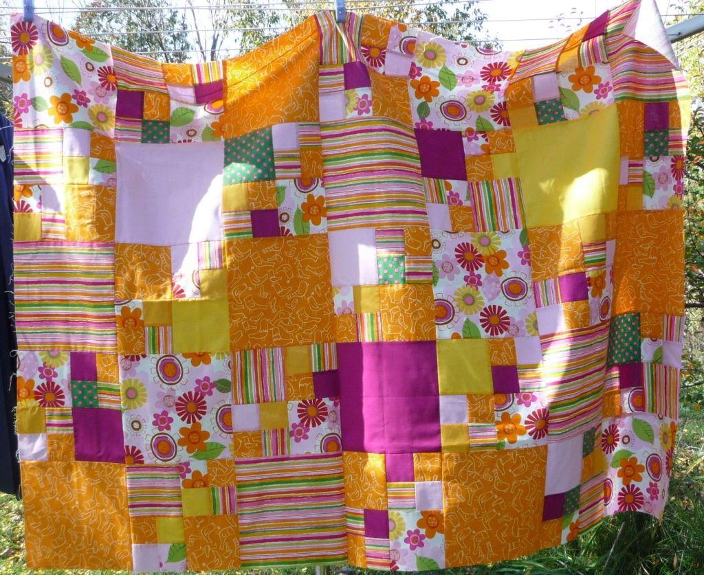 Fractal Cot Quilt -- orange, pink, yellow